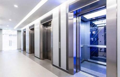 انواع آسانسورهای کششی
