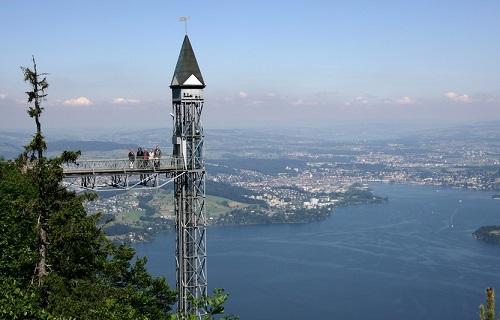 شگفت انگیزترین آسانسورهای جهان در سوئیس