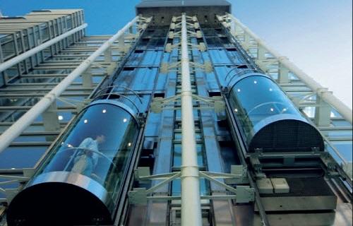 آسانسور پانوراما نصب شده درفضای آزاد