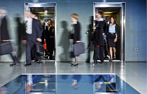 عوامل مهم در محاسبه ظرفیت کابین آسانسور